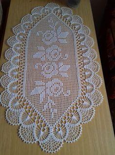 Table runner,set of doilies,table cover Crochet Table Runner Pattern, Crochet Doily Diagram, Filet Crochet Charts, Crochet Doily Patterns, Crochet Borders, Crochet Tablecloth, Thread Crochet, Crochet Designs, Crochet Doilies