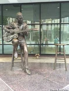 Visit reports, news, maps, directions and info on Jam with Chet Atkins in Nashville, Tennessee. Nashville Downtown, Nashville Tennessee, Tennessee Ernie Ford, Chet Atkins, Life Size Statues, Art Deco Bathroom, Latest Discoveries, Photo Props, Wisconsin