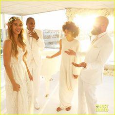 Beyonce, Jay Z, & Blue Ivy Make Funny Faces at Tina Knowles' Wedding!