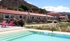 El complejo cuenta con servicios como acceso al spa con ducha escocesa e hidromasaje y piscina