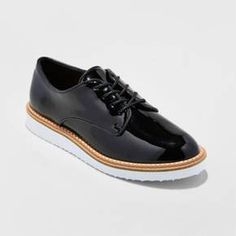 b567e4f492dc You ll be rocking the latest trend when you wear the Jaynee Platform Oxford  Shoes
