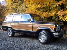This is kind of my dream car. I LOVE Jeep Grand Wagoneers.very special place in my heart Wood in-my-dreams My Dream Car, Dream Cars, Danielle Wood, Beach Cars, Jeep Wagoneer, Mens Toys, Automotive Group, Jeep Cars, Vintage Trucks