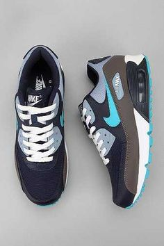 The Air Max 90 from Nike. Grab the iconic 90s footwear now from  max2017shoes. 89cf3bba5f8f
