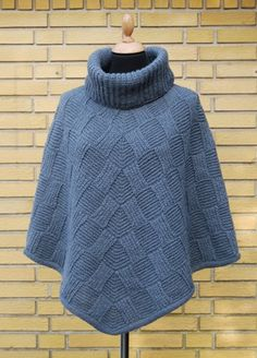 Billedresultat for hanne falkenberg Ladies Cardigan Knitting Patterns, Knit Vest Pattern, Knitting Patterns Free, Knit Patterns, Crochet Poncho, Knitted Poncho, Knitted Shawls, Crop Top Outfits, Warm Outfits