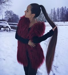 ISEE Hair super long hair inch are Available, go for it, Now or Never!You can find Super long hair and more on our web. Bob Hairstyles For Fine Hair, Ponytail Hairstyles, Cool Hairstyles, Wedding Hairstyles, Curly Hair Styles, Natural Hair Styles, Long Hair Ponytail, Long Dark Hair, Super Long Hair
