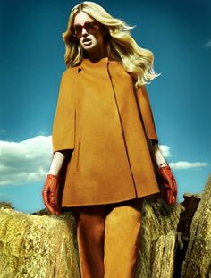 leather gloves and fall colors- Sophie Holmes for Elle Germany