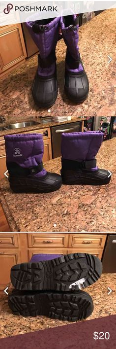 Kamik Spaceship Snow boots Brand New 2 Size 2 brand new Shoes Rain & Snow Boots