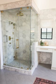 Last February, I had the first meeting with my client for a master bath remodel. It was your basic late 90's/early 2000's bathroom. Jacuzzi tub, cubed window, whitewashed cabinets&#8230…