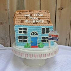 Home Sweet Home #housecake #cakeonsunday #house #remax #sold #clientappreciation #homesweethome