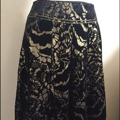 """Skirt Beautiful skirt made of burn-out-velvet fabric, pleated. Worn only once, in like new condition. Length from waist down is 24.5"""". Size 6 Cynthia Rowley Skirts Midi"""