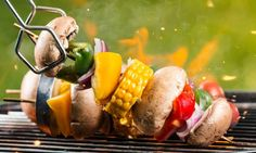 Summer brings barbeques galore! Keep yours on the healthy side by following these 13 tips. Healthy Sides, Food Safety, Eating Habits, Barbecue, Healthy Eating, Nutrition, Tips, Summer, Eating Healthy