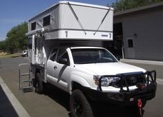 Key Benefits: Lightweight – Base model weighs only 1295 lbs. Low profile when the camper roof is down. 6 ft