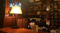 ΕΞΟΔΟΣ   Τα καλύτερα μπαρ για 40ρηδες Thessaloniki, Athens, Lighting, Kiosk, Home Decor, Club, Bar, Shop, Decoration Home