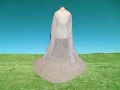 White Lace Cape  Cloak   Hooded  Wedding  Gothic