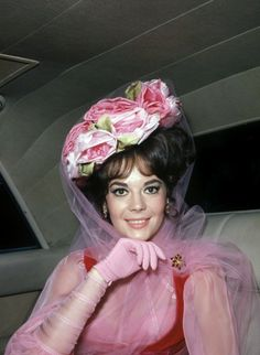 The Great Race, Splendour In The Grass, Natalie Wood, She Was Beautiful, Beautiful Ladies, Hollywood Stars, Classic Hollywood, Pretty Woman, Pretty In Pink