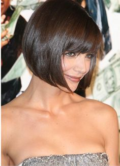 Bob haircut with bangs, brunette bob with bangs, katie holmes hairstyles, nice hairstyles Blonde Bob Haircut, Bob Haircut With Bangs, Bob Bangs, Haircut Short, Medium Hair Cuts, Short Hair Cuts, Short Hair Styles, Pelo Corto Victoria Beckham, Medium Bob Hairstyles