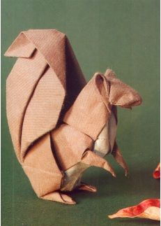 Origami squirrel by Akira YOSHIZAWA (1911~2005), Japan