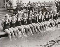 Equipe britânica de natação de 1948 (Foto: Reprodução/ National Media Museum)