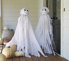 Ghost Scarecrow from http://www.potterybarnkids.com/products/ghost-scarecrow/?pkey=challoween-decor&