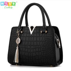 496998367a45 Luxury Crocodile leather women handbags Famous brands designer women  messenger bags female fringed shoulder bag women s pouch-in Crossbody Bags  from Luggage ...