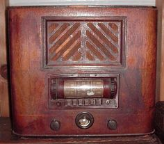 Airline Model Radio 93BR-715A,  Made by Belmont for Montgomery Wards ca. 1939