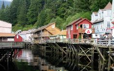 Creek Street Ketchikan Alaska – one of the most popular attractions! A view of Creek Street in Ketchikan Alaska Ketchikan Alaska, Great Places, Places To See, Alaska Tours, Cruise Excursions, Alaska Cruise, Free Things To Do, Fishing Villages, Around The Worlds