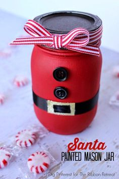Santa Painted Mason Jar * http://www.theribbonretreat.com/blog/santa-painted-mason-jar.html