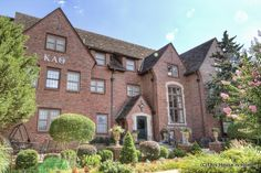 The Beta Zeta chapter of Kappa Alpha Theta at Oklahoma State University.