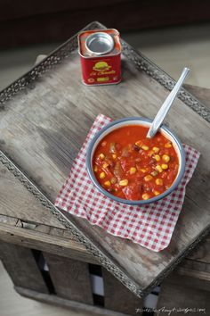 chili sin carne.  // nikesherztanzt #vegan #veggie #suppen #rezept #chili #sincarne Chili Sin Carne, Chana Masala, Low Carb, Ethnic Recipes, Post, Recipes, Soups And Stews, Vegetarian Recipes, Easy Meals