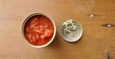 """Diaporama """"10 aliments qu'on peut encore manger après la date de péremption"""" - Les boîtes de conserve"""