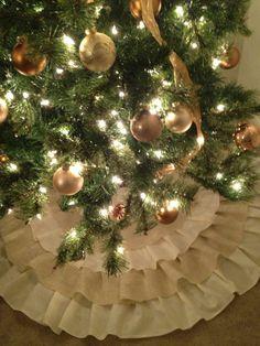 Ruffled Burlap Christmas Tree Skirt - Made to Order, via Etsy. Getting a burlap tree skirt for this Christmas! Classy Christmas, Shabby Chic Christmas, Country Christmas, All Things Christmas, Christmas Holidays, Christmas Crafts, Happy Holidays, Christmas Ideas, Merry Christmas