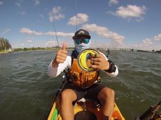 #FlipReelFishing from a #kayak is a whole new #fishing experience!   http://www.squiddiesflipreel.com/