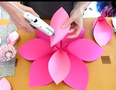 Mama's Gone Crafty: How to Make Giant Hawaiian Paper Flowers Mama's Gone Crafty: How to Make Giant Hawaiian Paper Flowers The Effective Pictures We Offer You About Paper Flowers from Paper Flower Wreaths, Tissue Paper Flowers, Flower Crafts, Giant Paper Flowers, Big Flowers, Exotic Flowers, Colour Paper Flowers, Tropical Party Decorations, Paper Flower Tutorial