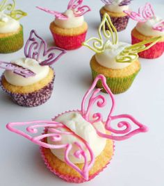 These Chocolate Butterfly Cake Decorations are perfect for all your baking and they are very easy when you know how. Watch the video now!