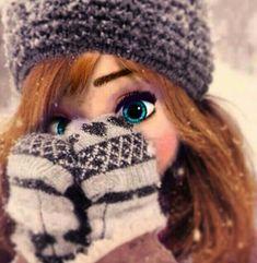 Frozen~morden Anna or elsa (but with brown hair) Punk Disney, Princesas Disney Hipster, Walt Disney, Disney Girls, Disney Magic, Disney Frozen, Disney Art, Disney Movies, Anna Frozen
