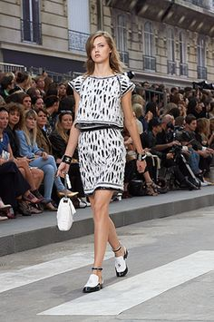 chanel-spring-summer-2015-ready-to-wear-
