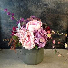 Soft colours in silk flowers   Studio 100