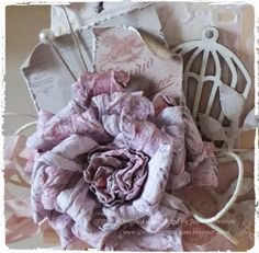 All kinds of beautiful paper flower tutorials!