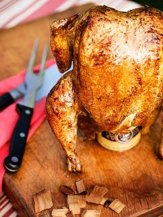 Beer-Can-Smoked Whole Chicken Easy breezy way to make a delicious, juicy chicken. Pastas Recipes, Beer Recipes, Grilling Recipes, Dinner Recipes, Traeger Recipes, Smoker Recipes, Barbecue Recipes, Recipies, Smoked Whole Chicken