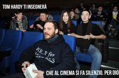 いいね!67件、コメント1件 ― THTIさん(@tom_hardy_ti_insegnera)のInstagramアカウント: 「Al cinema si fa silenzio. #tomhardytiinsegnera #silenzioinsala #cinema #educazione #tomhardy」