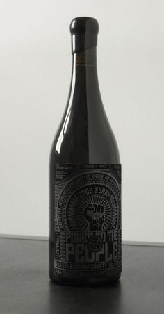 Design packaging black wine labels 25 ideas for 2019 Cool Packaging, Bottle Packaging, Packaging Design, Branding Design, Black Packaging, Coffee Packaging, Corporate Branding, Logo Branding, Brand Identity