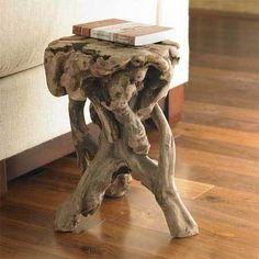 Não corte árvores para fazer móveis! Use raízes de árvores que caíram naturalmente. via Curbly