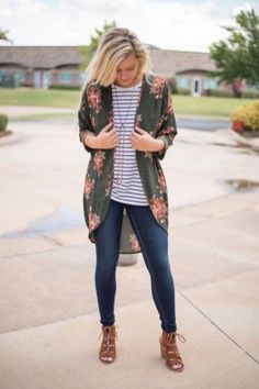 Casual But Cute Spring Outfits Ideas 07