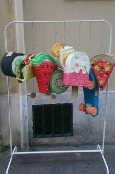 Mini-piñatas ! kiwi, pastèque, cocktail, maki, taco, skateboard, pizza...