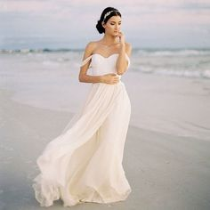 """2017 TREND! """"cold shoulder"""" wedding dresses! Check out this beautiful dress and all of our favourites at >>> www.paperandlace.com/thedress . . #weddingdress #coldshoulder #offtheshoulder #dress #bride #bridalstyle #weddingstyle #etsy #etsywedding #romantic #sunset #faves #paperandlace #nzwedding #weddinginspo"""