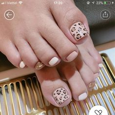 Pretty Toe Nails, Pretty Toes, Nude Nails, My Nails, Feet Nails, Cute Toes, Toe Nail Designs, Cute Nail Art, Pedicures