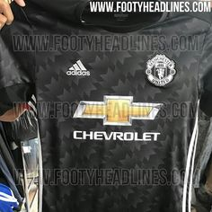 5f7b1dd9f Exclusive  6 New Pictures - Manchester United 17-18 Away Kit Leaked - Footy