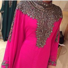 Jummah Mubarak - this stunning farasha is available for preorder - DM or what's app for more info. Delivery will take 2-3 weeks X by hijabi_hijabi_