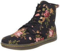 Amazon.com: Dr. Martens Women's Shoreditch Boot: Shoes