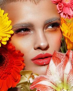 """3,418 Likes, 16 Comments - @tominamakeup on Instagram: """"The power of flowers 🌼🌸🌺🌷 To be continued.. Have a perfect day!💛 MUA&style @tominamakeup Photo my…"""""""